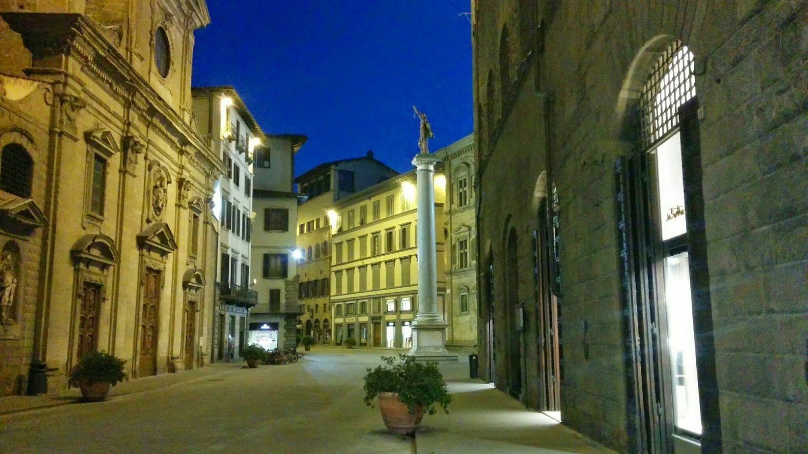 Firenze Via Tornabuoni